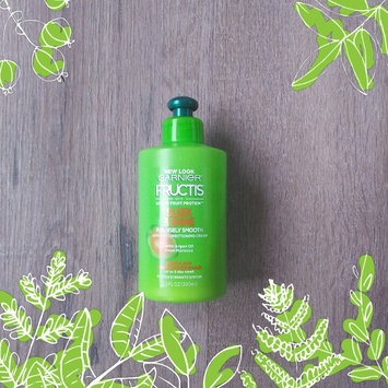 Photo of Garnier Fructis Sleek & Shine Intensely Smooth Leave-In Conditioning Cream uploaded by Angie G.