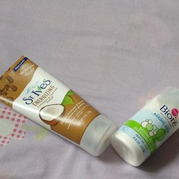 Photo of Bioré® Baking Soda Cleansing Scrub uploaded by jessica z.
