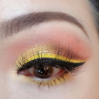 NYX Vivid Brights Liner uploaded by Mango 🐹.