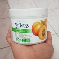 St. Ives Fresh Skin Apricot Scrub uploaded by Belinda H.