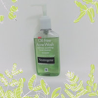 Neutrogena® Oil-Free Acne Wash Redness Soothing Facial Cleanser uploaded by Allison D.