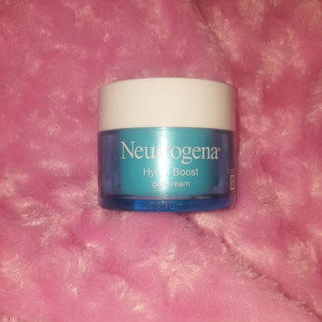 Photo of Neutrogena® Hydro Boost Gel-Cream Extra-Dry Skin uploaded by Becci S.