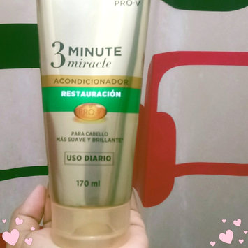 Photo of Pantene 3 Minute Miracle Smooth & Sleek Deep Conditioner uploaded by Nelysvette PR/OSS924 P.