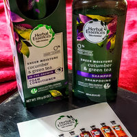 Herbal Essences Cucumber & Green Tea Foam Conditioner uploaded by Robin P.