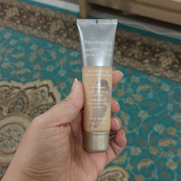 Neutrogena® Healthy Skin Glow Sheers® Broad Spectrum SPF 30 uploaded by Trendy g.