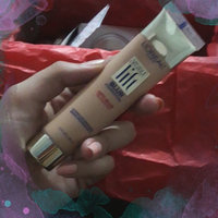 L'Oréal Paris Visible Lift® Blur Foundation uploaded by Luisa B.
