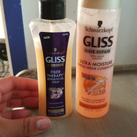 GLISS Hair Repair™ Fiber Therapy™ Extremely Damaged Hair Repair-In-Oil Spray uploaded by Emma G.
