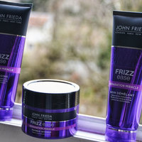 John Frieda® Frizz Ease Miraculous Recovery Deep Conditioner uploaded by Eva M.
