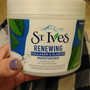 Photo of St. Ives Renewing Collagen Elastin Moisturizer uploaded by morgan b.