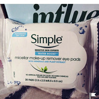 Simple® Eye Makeup Remover Pads uploaded by mulan a.