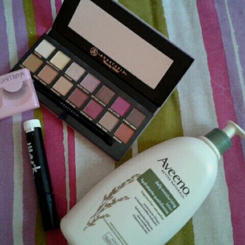 Photo of Aveeno® Daily Moisturizing Lotion uploaded by houda r.