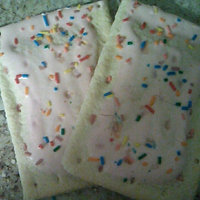 Kellogg's Pop-Tarts Frosted Strawberry Milkshake Toaster Pastries uploaded by Mushell R.