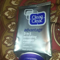 Clean & Clear® Advantage® 3-in-1 Exfoliating Cleanser uploaded by Lizbeth O.