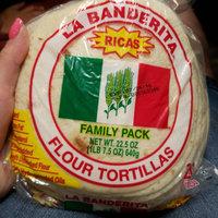 La Banderita Ricas Flour Tortillas Family Pack uploaded by Tara D.