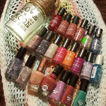 Photo of Sally Hansen® Hard As Nail Xtreme Wear Nail Color uploaded by Destiny W.