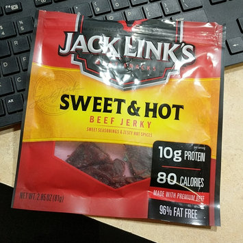Photo of Jack Link's Sweet & Hot Beef Jerky uploaded by Chanon C.
