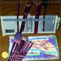 Royal and Langnickel Moda Pro Makeup Brushes Complete Kit, 5 count uploaded by Angel W.