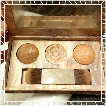 Photo of Urban Decay Naked Illuminated Trio Shimmering Powder for Face and Body uploaded by Destiny H.