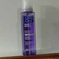 Clean & Clear® Makeup Dissolving Foaming Cleanser uploaded by Vanessa R.