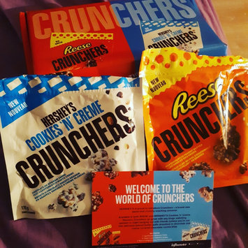 Photo of Hershey's Cookies 'n' Creme Crunchers uploaded by Kayley M.