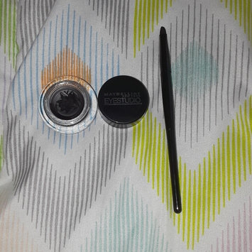 Photo of Maybelline New York Eye Studio Lasting Drama Gel Eyeliner, Charcoal 954, 0.106 Ounce, 2 Ea uploaded by Ariel V.