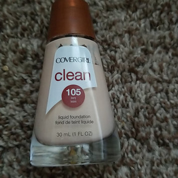 Photo of COVERGIRL Clean Matte Liquid Foundation uploaded by Marian A.
