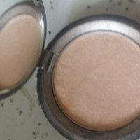 BECCA Light Chaser Highlighter uploaded by Lila S.