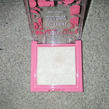 Photo of COVERGIRL Peach Punch Highlighter uploaded by Lissette O.