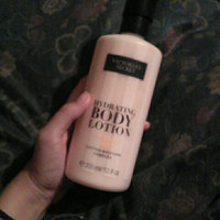Victoria's Secret Coconut Milk Hydrating Body Lotion uploaded by Fabiana P.