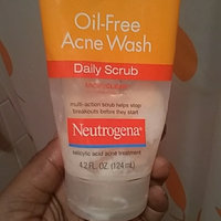 Neutrogena® Oil-Free Acne Wash Daily Scrub uploaded by Tiff💋MPGB C.