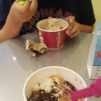 Menchie's  uploaded by Joy S.