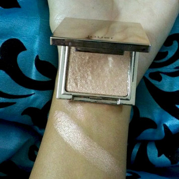 Photo of Jouer Cosmetics Powder Highlighter uploaded by Roze g.