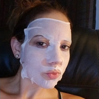 Garnier SkinActive Moisture Bomb The Super Hydrating Soothing Sheet Mask uploaded by Kelli D.