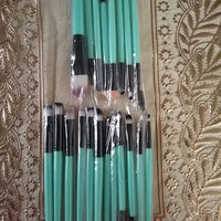 BH Cosmetics Sculpt and Blend 10 Piece Brush Set uploaded by Saba S.