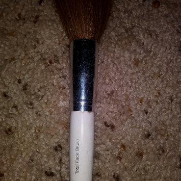 Photo of e.l.f. Total Face Brush uploaded by josselin P.