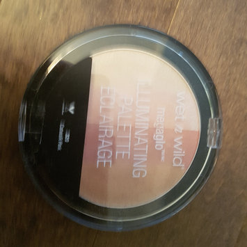 Photo of wet n wild MegaGlo Illuminating Powder uploaded by Pout So Pretty ..