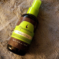Macadamia Professional Nourishing Moisture Oil Treatment uploaded by Maria L.
