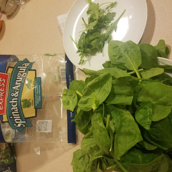 Photo of Fresh Express Spinach & Arugula Salad 6 oz uploaded by Cat S.