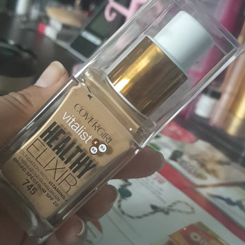 Photo of COVERGIRL Healthy Elixir Liquid Foundation uploaded by Seharay G.
