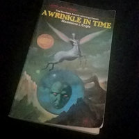 A Wrinkle in Time (Time Quintet Series #1) uploaded by Desiree G.