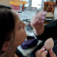 beautyblender pro: Makeup Sponge Perfect for Darker Foundations, Powders & Creams uploaded by Cinzia W.