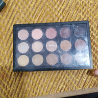 M.A.C Cosmetics Eyeshadow X 15 uploaded by Yessica D.