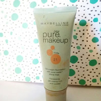 Maybelline Pure Foundation uploaded by Mara C.