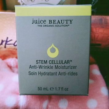 Photo of Juice Beauty® Stem Cellular Anti-Wrinkle Moisturizer uploaded by Becky L.