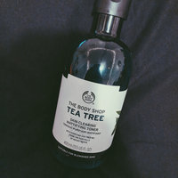 THE BODY SHOP® Tea Tree Skin Clearing Body Wash uploaded by June B.