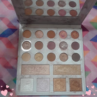 BH Cosmetics Carli Bybel Deluxe Edition 21 Color Eyeshadow & Highlighter Palette uploaded by Sammie I.