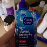 Clean & Clear® Night Relaxing™ Deep Cleaning Face Wash uploaded by Heather L.