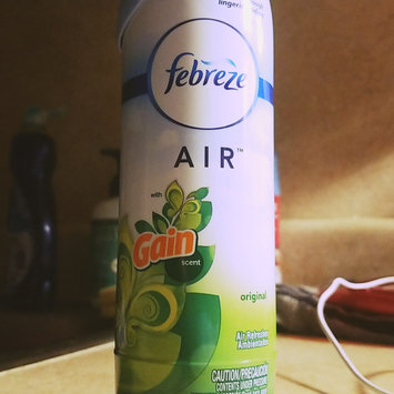 Photo of Air Febreze AIR Freshener with Gain Original Scent (1 Count, 8.8 oz) uploaded by miss R.