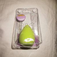 Makeup Sponge Blender for Makeup Application of Your Dream ! uploaded by Cristina I.