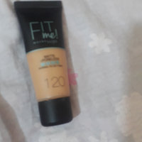 Maybelline Fit Me® Matte + Poreless Foundation uploaded by Fatima M.